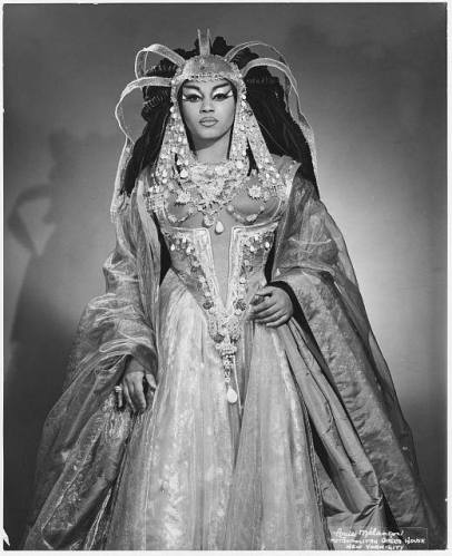 Louis Mélançon - Leontyne Price as Cleopatra (1966)