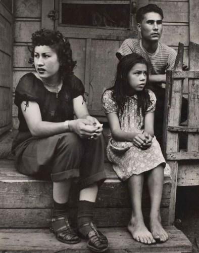 Max Yavno - East Los Angeles, 1946