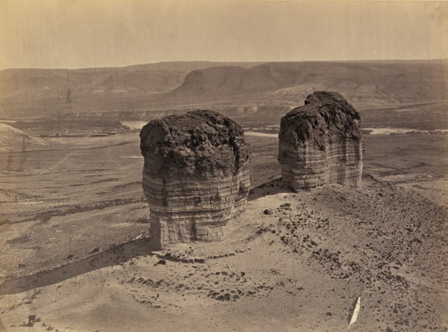 Timothy H. O'Sullivan - Buttes near Green River City, Wyoming (1872)