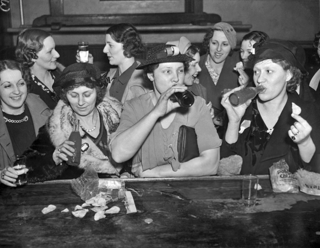 Workers' Wives celebrate end of CIO strike of Caterpillar Tractor Company - Peoria, Illinois, April 9, 1937