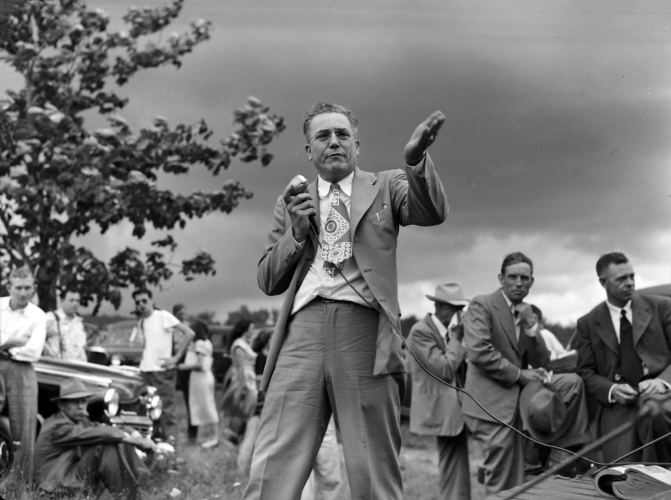 Hugh M. Morton - Singing on the Mountain Preacher (1940s - 1950s)