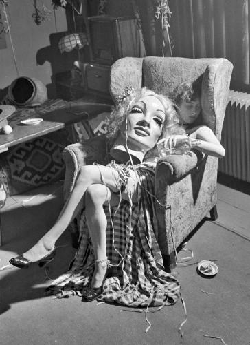 Marlene Dietrich Costume - 1950