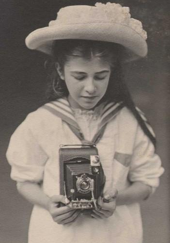 C. R. Tucker - Dorothy Tucker (1905-1910)