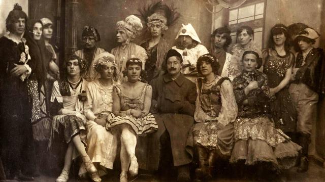 Gay wedding organized by Afanasy Shaur (Petrograd, 1921)