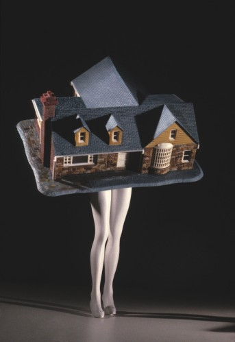 Laurie Simmons - Walking House (1989)