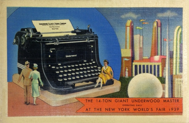 Postcard - Giant Underwood Typewriter at New York World's Fair (1939)