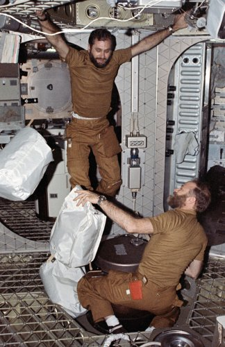1 February 1974 - Skylab 4 Dispose of Trash