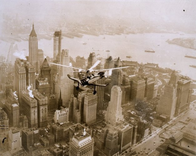 Pitcairn PCA-2 over NYC (1930)